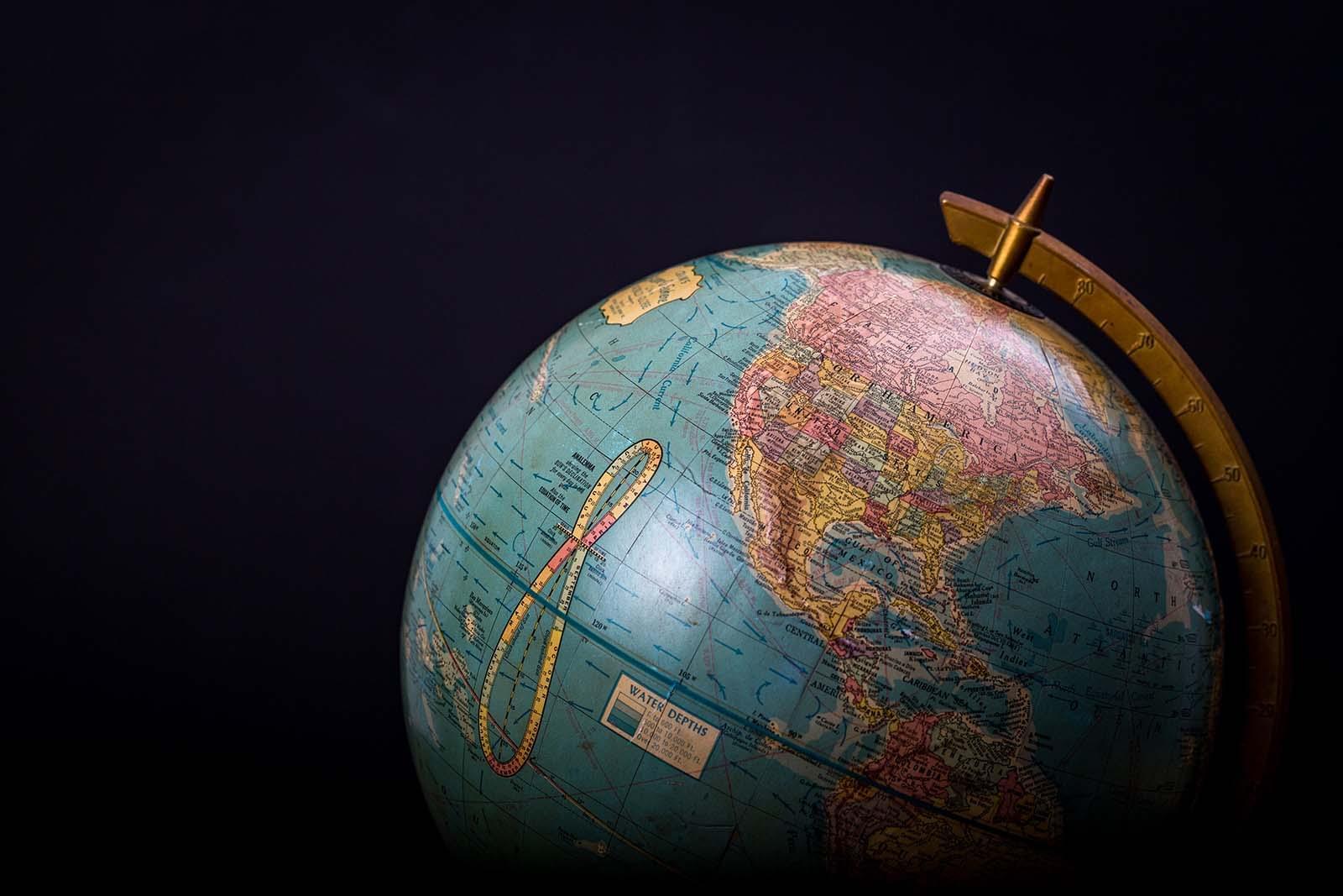 Shopify Deutschland und die Welt: Warum Shopify für den mehrsprachigen, internationalen Verkauf die richtige Wahl ist