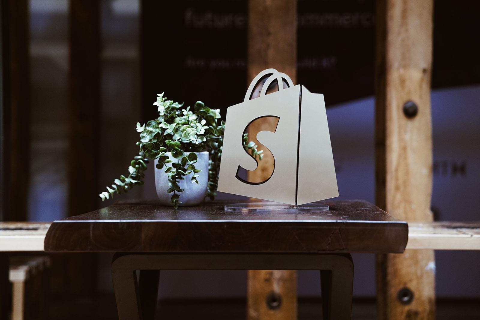 Shopify Shop erstellen: So gelingt der Einstieg in die Welt des E-commerce